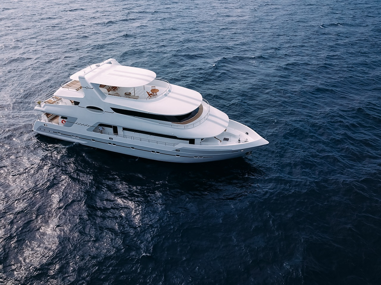 Boutique yacht ALICE